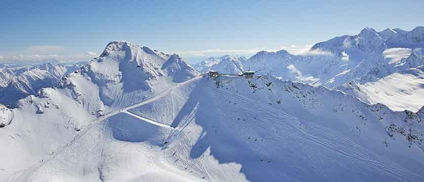 Austria_Obergurgl_mountain top.jpg